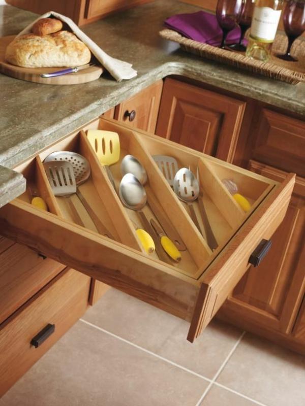holz schubladeneinteilung küche praktische einrichtung besteck