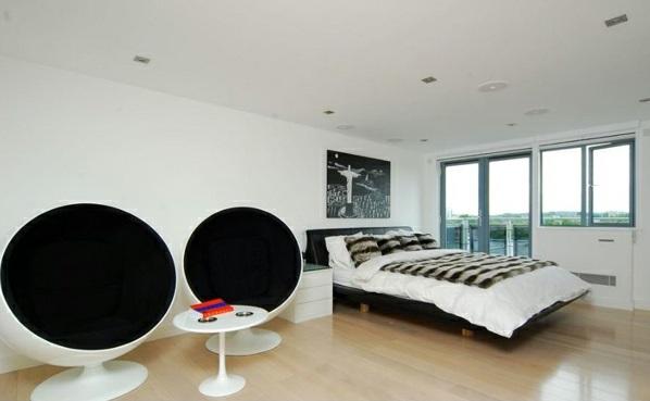 interior design schlafzimmer ideen schwarz-weiß tolle sessel bett