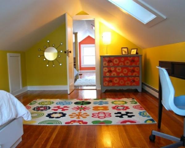 jugendzimmer mit dachschräge gelb teppich bett schrank