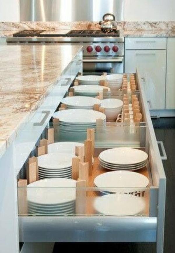 küche schubladeneinteilung einrichtung teller