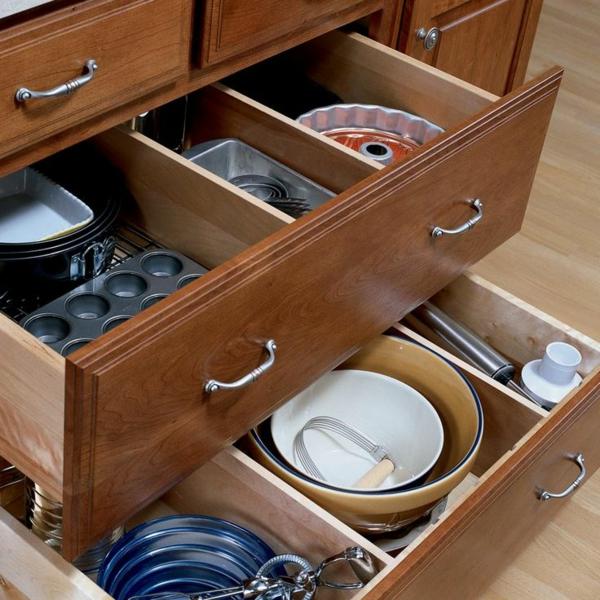 küche schubladeneinteilung praktische einrichtung lagerraum
