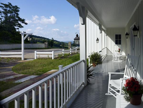landhaus einrichtung ideen patio terrasse