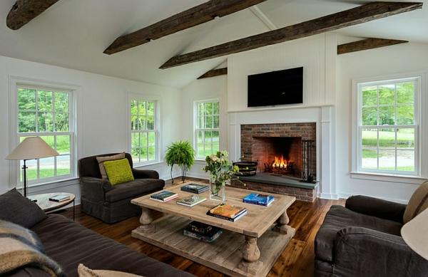 landhaus einrichtung ideen wohnzimmer kamin holztisch - Inneneinrichtung Ideen Wohnzimmer