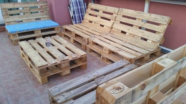 möbel aus europaletten selber bauen palettensofa couchtisch aus paletten