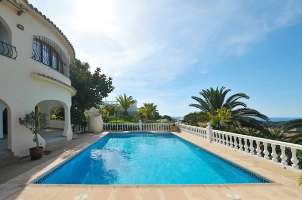 mediterran pool balustrade landschaft