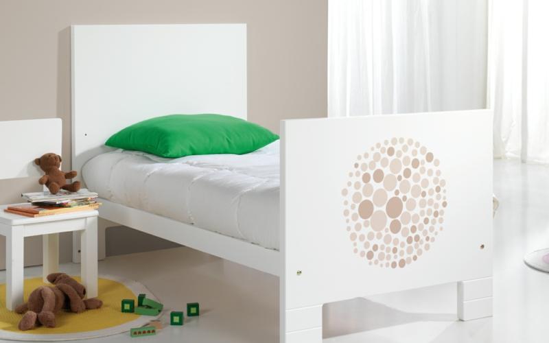 Micuna Designer Kinder Möbel Kollektion Lunar Bett