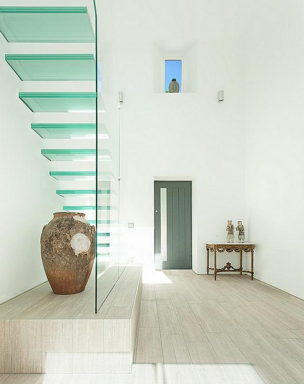 minimalistische einrichtungsideen schwebende treppe glas dekoration
