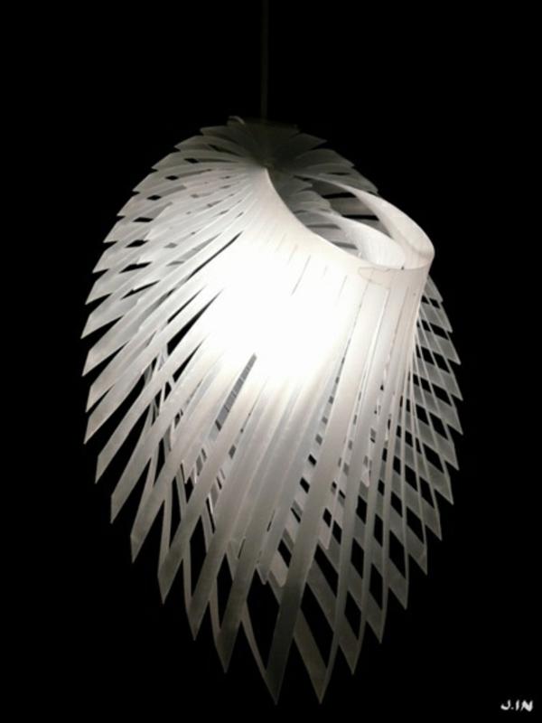 papierlampen von joanne lin weiß