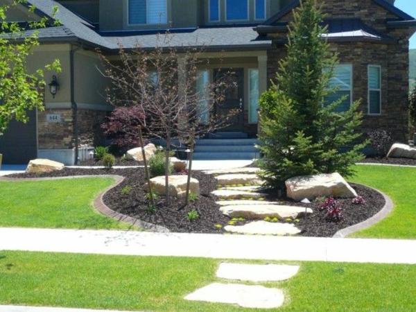 patio design moderne vorgartengestaltung bäume dekorativ grasfläche