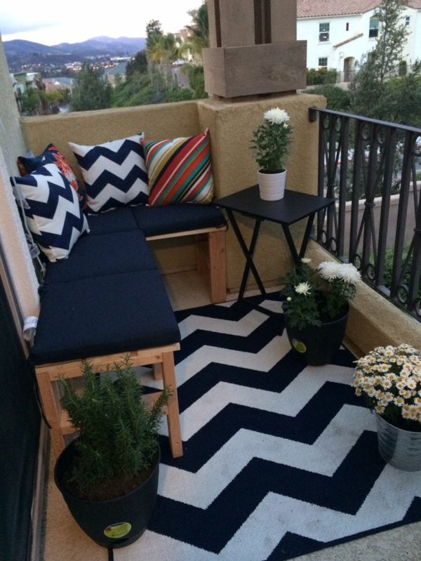 patio designideen terrassenteppich zig-zag muster