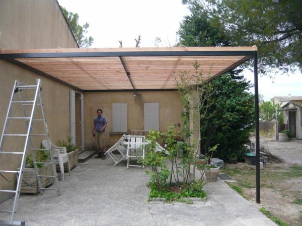 pergola metall sonnenschutz schattenspender überdachung terrasse