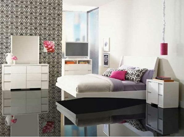 schlafzimmer design ideen schwarz-weiß glänzender boden bett