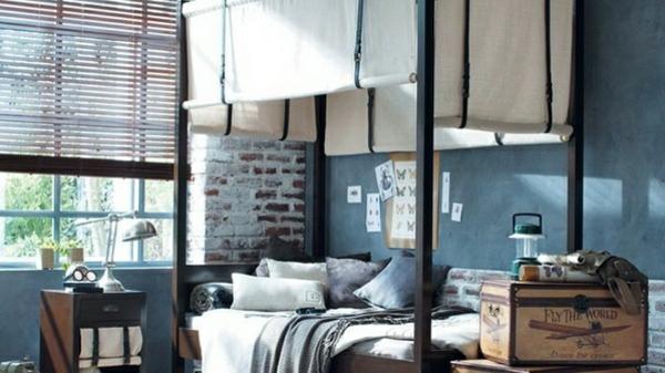 schlafzimmer einrichtungsideen himmelbett mit jalousien