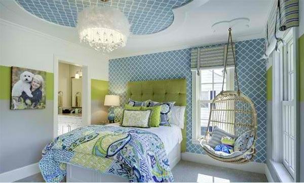 schlafzimmer farben ideen blau und grün deckenfarbe wandfarbe muster bettwäsche