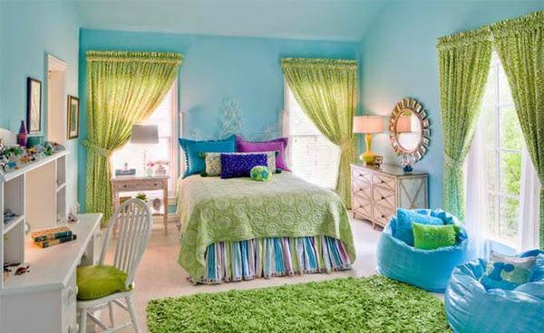schlafzimmer farben ideen wanndfarbe blau hell gardinen textilien grün