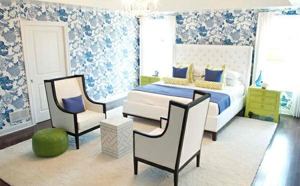 schlafzimmer farbideen blau weiß grün wabdgestaltung gemusterte wandtapete
