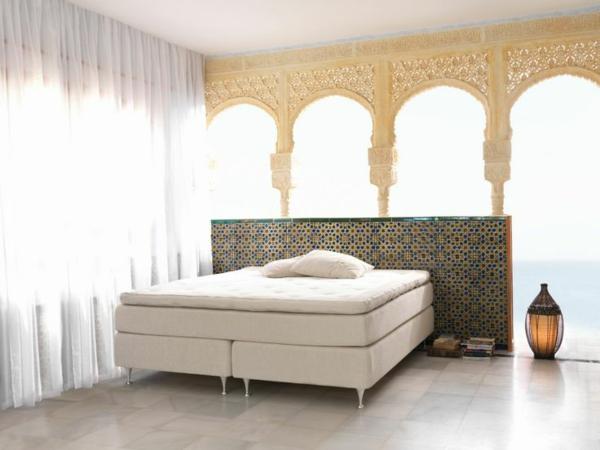 was ist ein boxspringbett diese frage versuchen wir ihnen zu beantworten. Black Bedroom Furniture Sets. Home Design Ideas