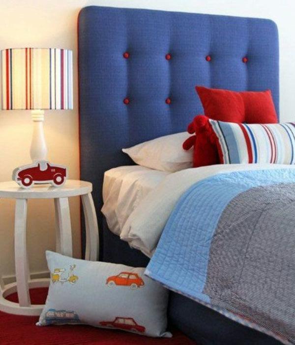 schlafzimmer kopfteil bunt gepolstert