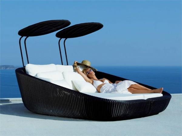 coole ideen f r tagesbett im garten aquabett von source outdoor. Black Bedroom Furniture Sets. Home Design Ideas