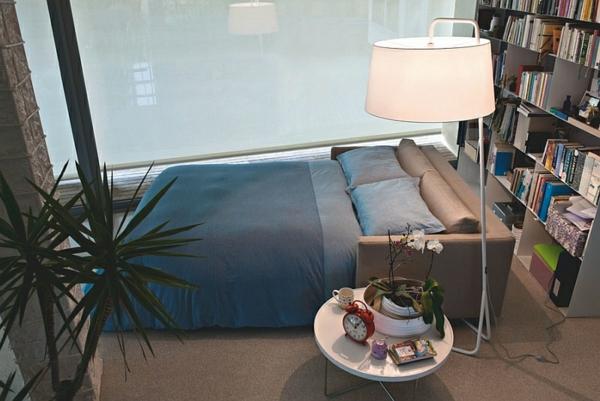seats and sofas polstermöbel beistelltisch rund stehlampe