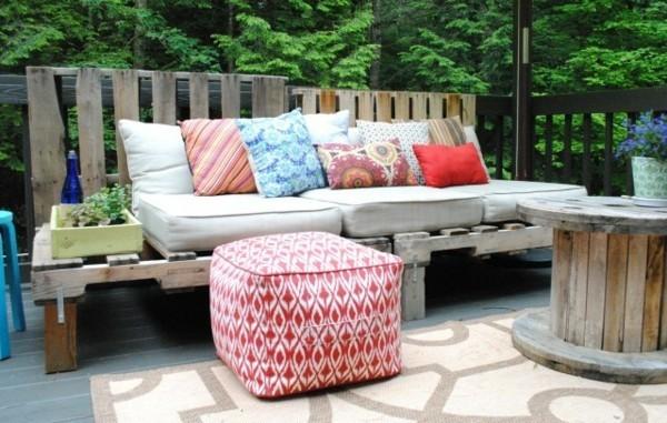 sofa aus paletten selber bauen terrassengestaltung