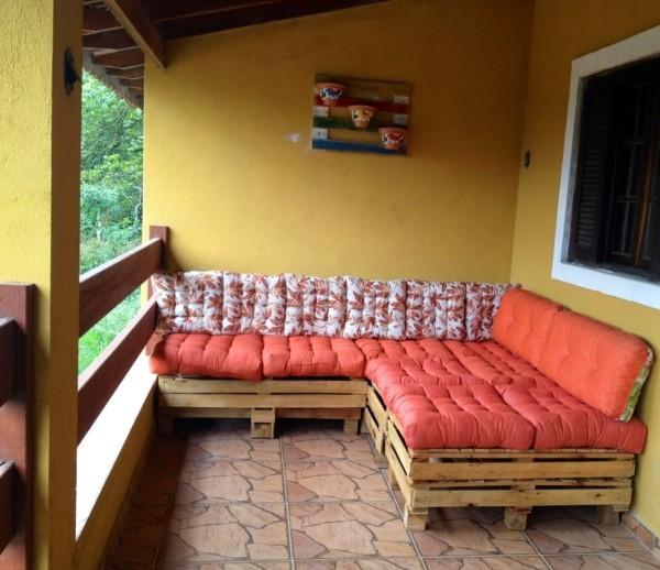 sofa aus paletten terrassengestaltung diy ideen