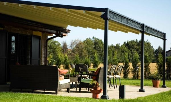 terrassengestaltung ideen pergola metall überdachung