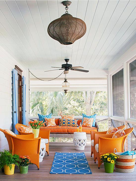 terrassengestaltung ideen veranda möbel rattanmöbel sofa holzveranda