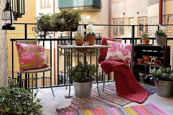 balkonteppich patio balkon teppich farbig gartenmöbel
