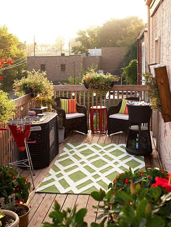 terrassengestaltung patio saftige farbgestaltung terrassenteppich grün