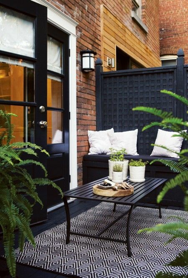 terrassengestaltung terrassenteppich geometrisch outdoor