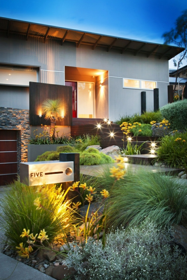 Vorgartengestaltung Modern Exterior Patio Vielseitige Pflanzenbeete