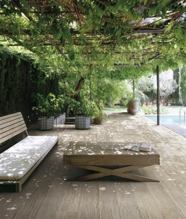 Vorgartengestaltung Modern Urban Tisch Sitzbank Decke