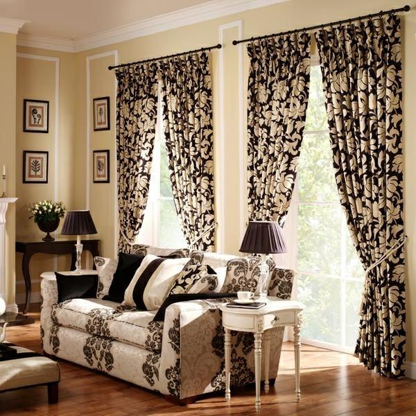 vorhang und gardinendekoration beispiele beige schwarz blumenmuster