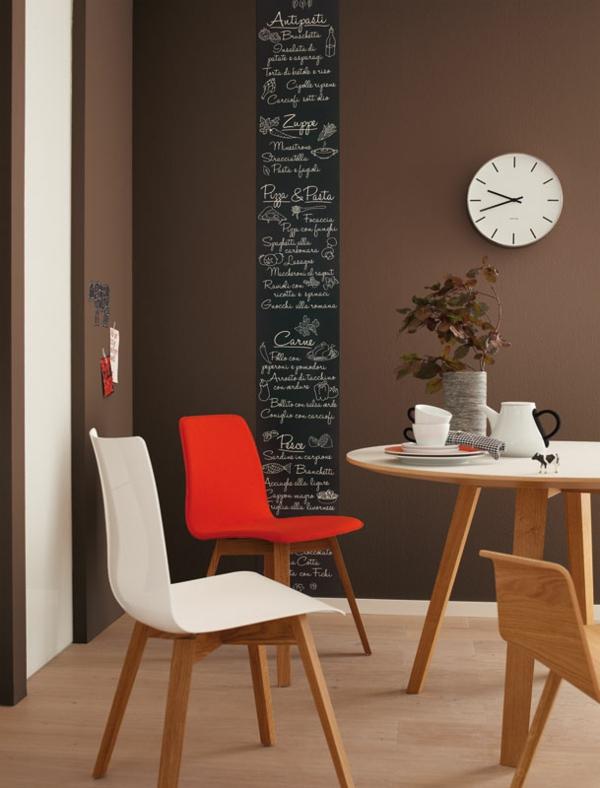 wandfarbe mocca w nde streichen in eine kaffeebraune farbnuance. Black Bedroom Furniture Sets. Home Design Ideas