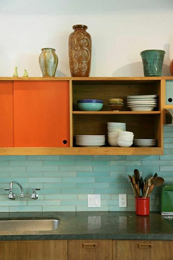 wandfliesen küche akzent farben