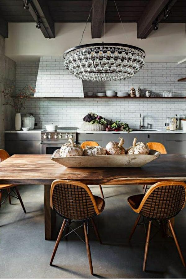 wandfliesen küche holz warm