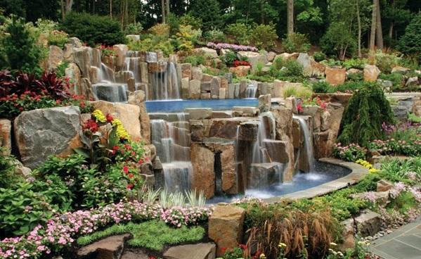 Pool Mit Wasserfall swimmingpool im garten landschaftsideen für schwimmbäder