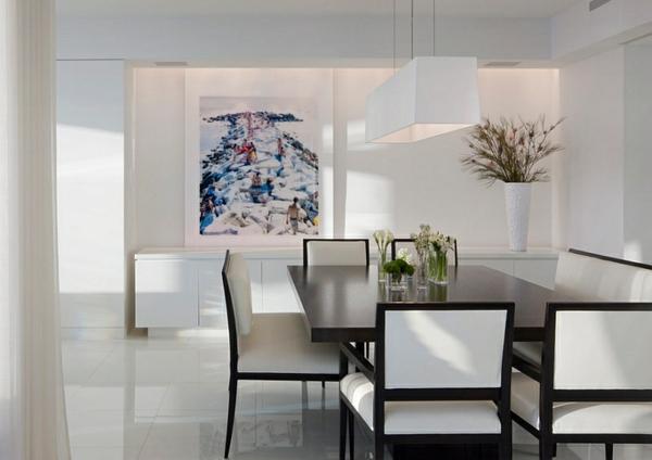 modernes Esszimmer minimalistisches Design Lederstühle Glastisch