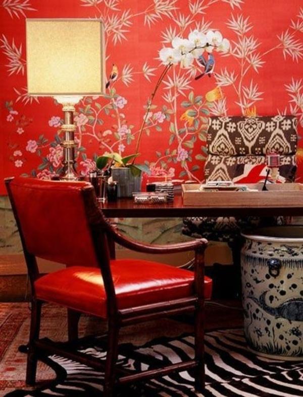 wohnideen wohnzimmertapete blumenmuster rot tisch