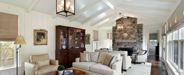 wohnzimmer designs gewölbedecke holzdielen weiß rustikal