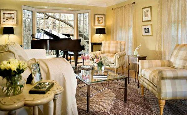 wohnzimmer hellgelb:wohnzimmer möbel klavier einrichtungsstil traditionell beige hellgelb