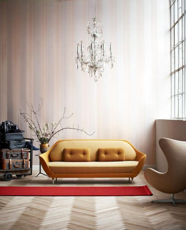 wohnzimmereinrichtung rot wand sofa bunt gelb