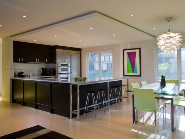 wohnzimmerlampen hängend:Beleuchtungsideen-fürs-Wohnzimmer-hängend-wohnzimmerlampen-linien