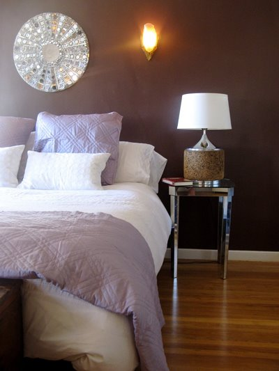 Brauntöne wandspiegel Wandfarben schlafzimmer tischlampe