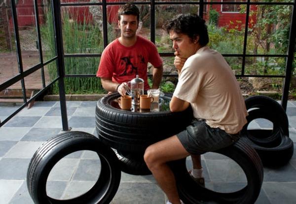 DIY Möbel garten Autoreifen autoreifen recycling hocker tisch