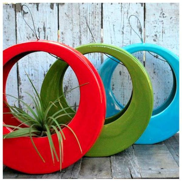 Möbel aus Autoreifen autoreifen recycling pflanzen anbau