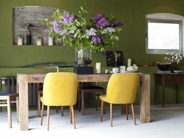 wohnzimmer grün gelb:Die Farbe Grün – Farbbedeutung von Grün und 30 grüne Wohnideen