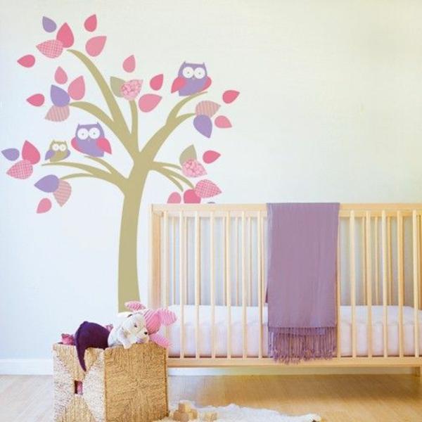 Wandgestaltung kinderzimmer lila  Farbideen baum Kinderzimmer