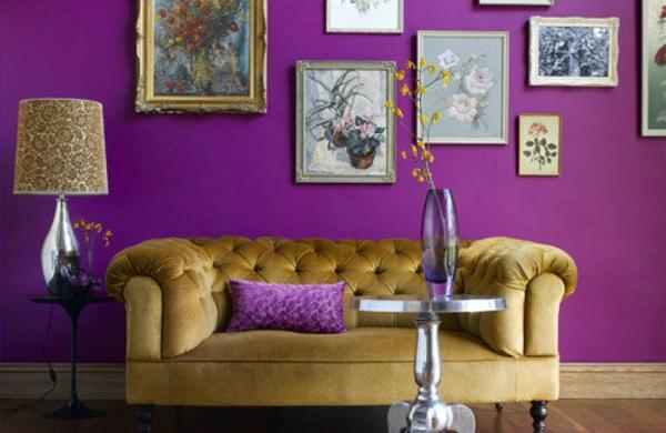 Farbideen für Wohnzimmer sofa wand lila